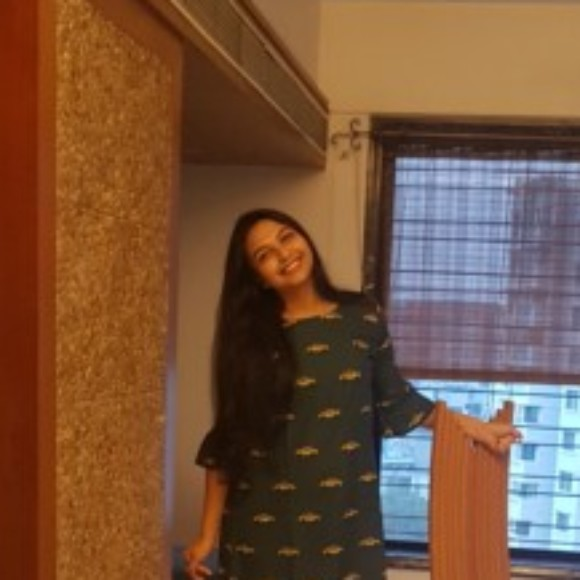 Profile picture of Nidhi Shah